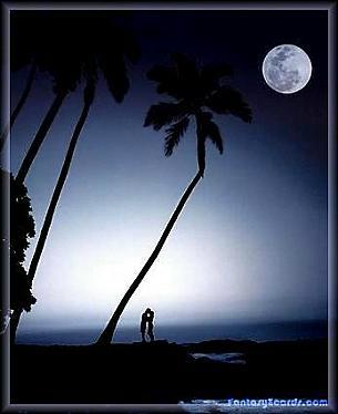 12-moonlight-kiss